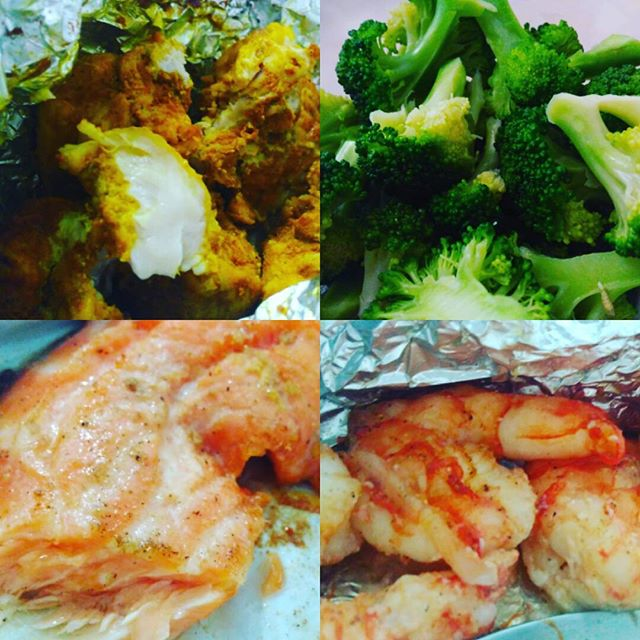 Medley of salmon, chicken, prawn n broccoli :D