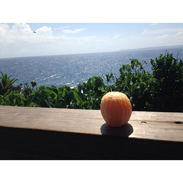 having an orange by the South China Sea #achievementunlock