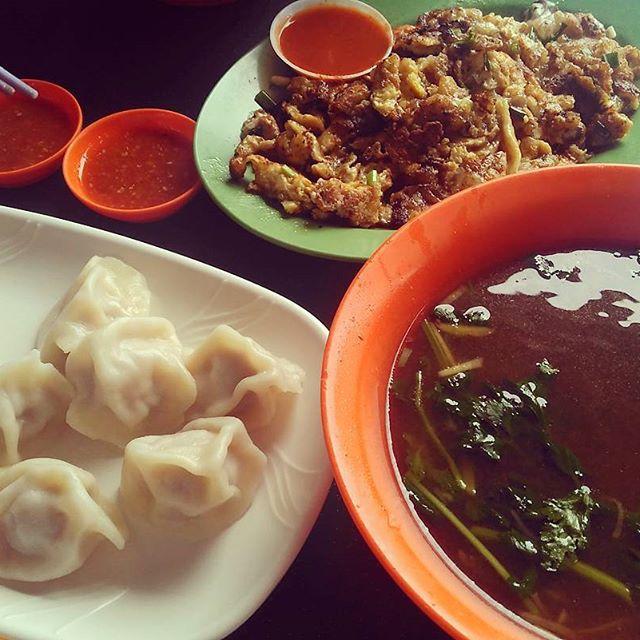 Kambling soup, Beijing dumpling + oyster omlette.