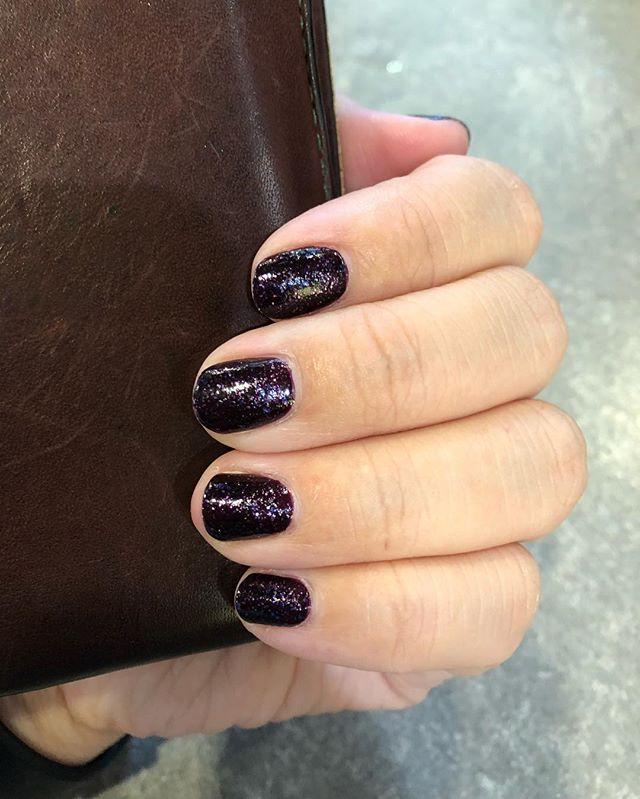 I like my nail colour.
